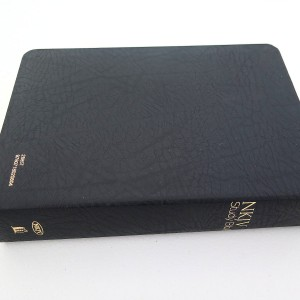 Nelson NKJV Study Bible in Bonded Leather Black