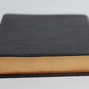 Cambridge NKJV Pitt Minion Reference Black Goatskin